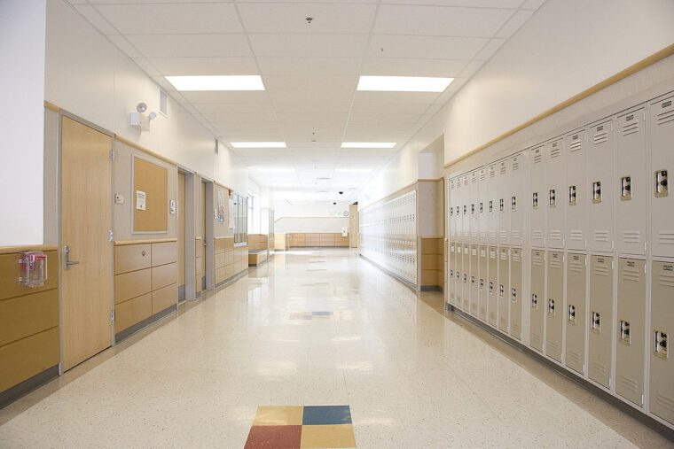 قصة قصيرة عن نظافة المدرسة